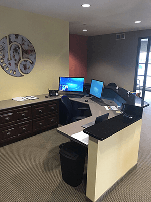 Chiropractic Plymouth MN Front Desk